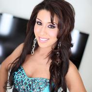 Hardcore POV pics with a sexy brunette-00
