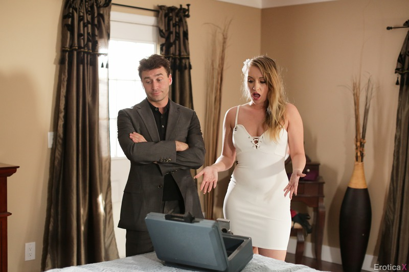 Hot Curvy Harley Jade Having On The First Date-02