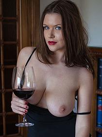 Big Boobs And Good Wine