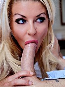 Free Porn Photo Set With Tia Layn
