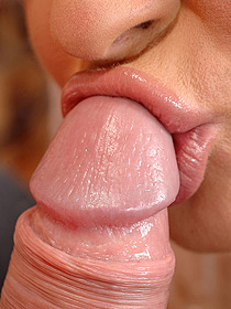 Hot Lips On Cock